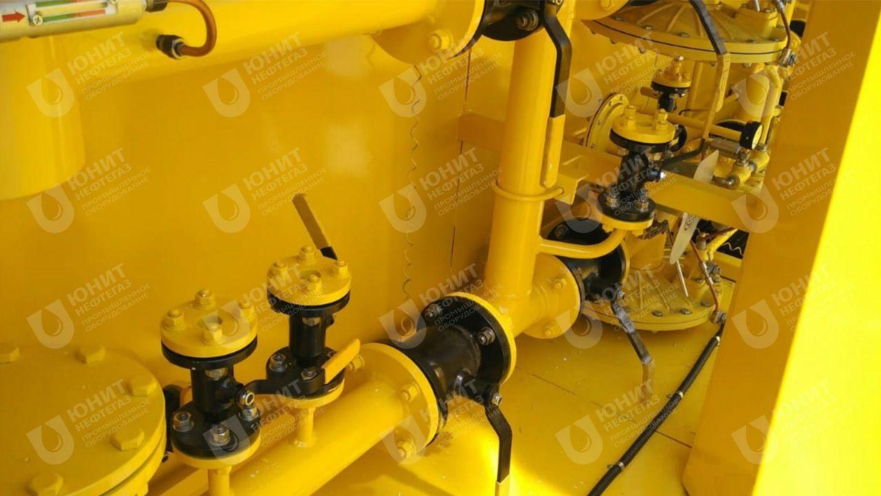 Газорегуляторный пункт - трубопроводы с запорной арматурой